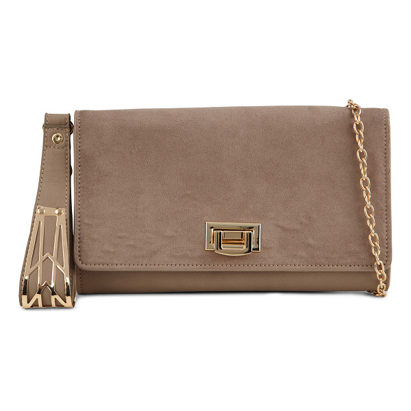 ALDO Darojana clutch - Pair this timeless clutch to your favorite evening outfit...