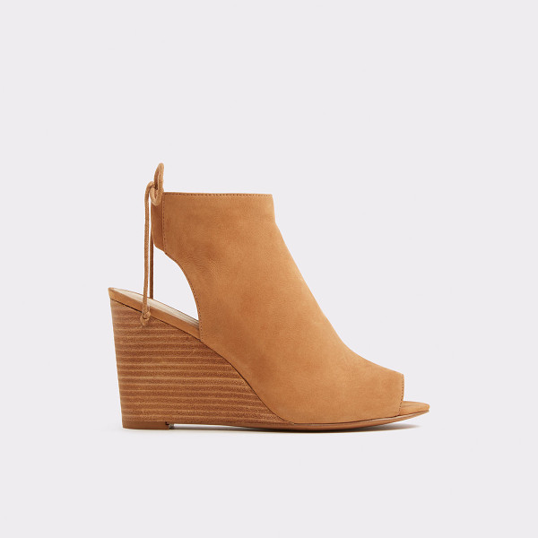 ALDO Fabiolla - With a wedge heel and bohemian ankle ties, the Fabiola