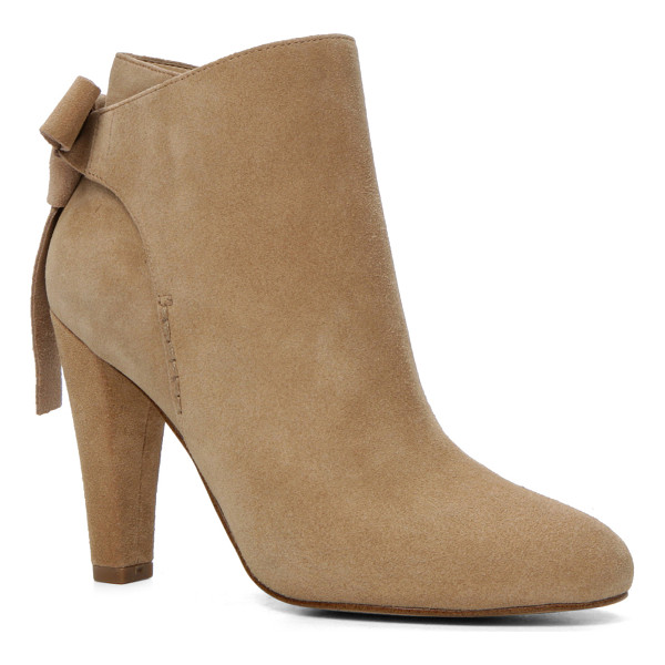 ALDO Huffington - Pull it on and strut out. The heeled shootie comes with all...