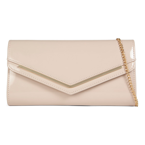 ALDO Windom - Sleek, glossy and chic: this evening clutch featuring a...