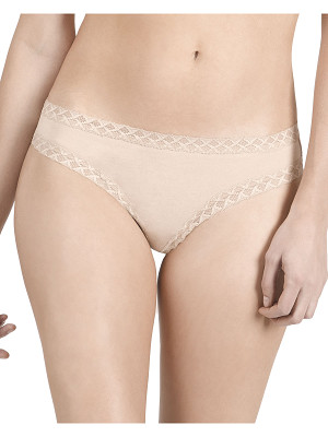 NATORI Bliss Lace-Trim Cheeky Thong