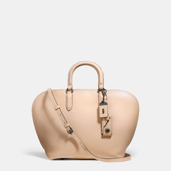 COACH dakotah satchel - With graceful curves and a romantic shape, the Dakotah