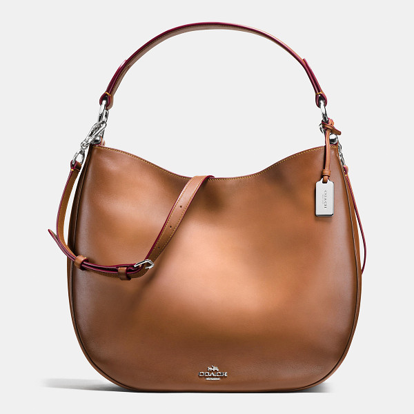 COACH nomad hobo - Soft and slouchy in burnished glovetanned leather, this...
