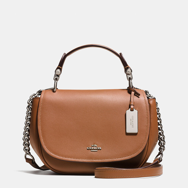 COACH nomad top handle crossbody - Crafted in refined glovetanned leather with...