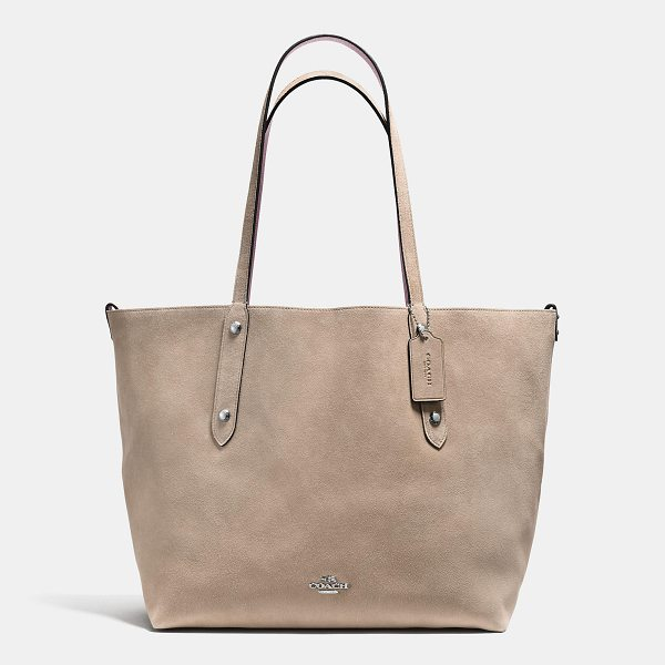COACH reversible large market tote - An iconic Coach silhouette since the early 1960s, the...