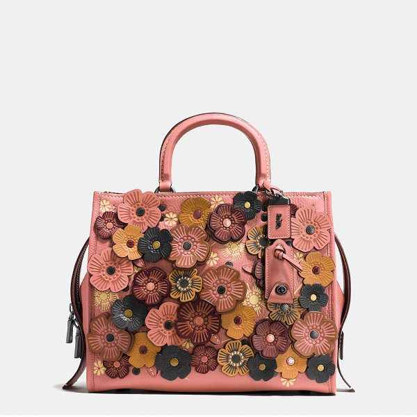 COACH rogue with tea rose - Inspired by free spirits, rebels and dreamers, the aptly...