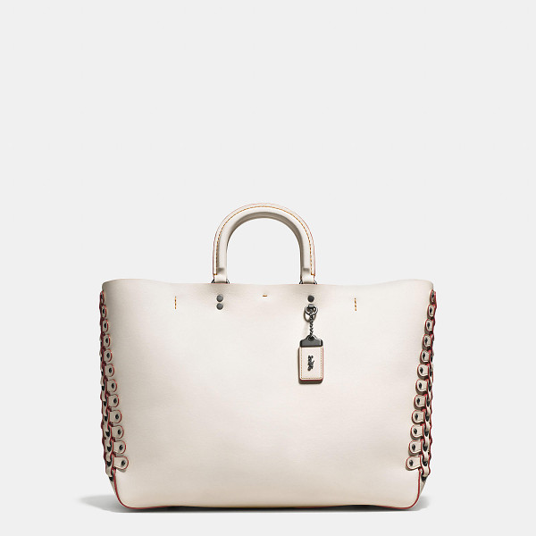 COACH rogue tote with link detail - Inspired by free spirits, rebels and dreamers, the aptly...