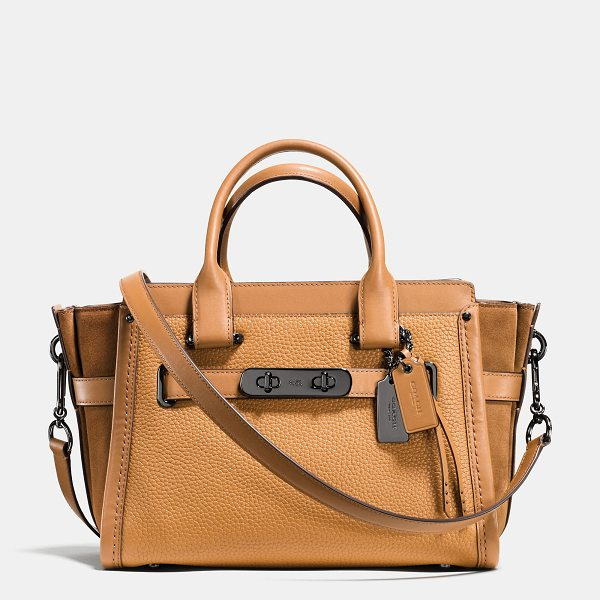 COACH swagger 27 - Statement belting with double-turnlock hardware adds...