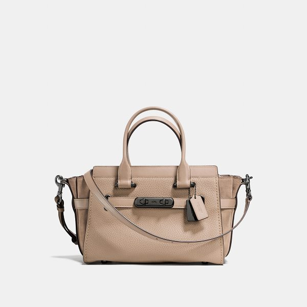 COACH swagger 27 - Double-turnlock hardware and statement belting add...