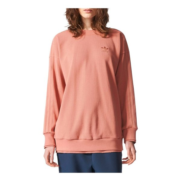 ADIDAS ORIGINALS originals thermal sweatshirt - An oversized sweatshirt cut from a textured thermal knit is...