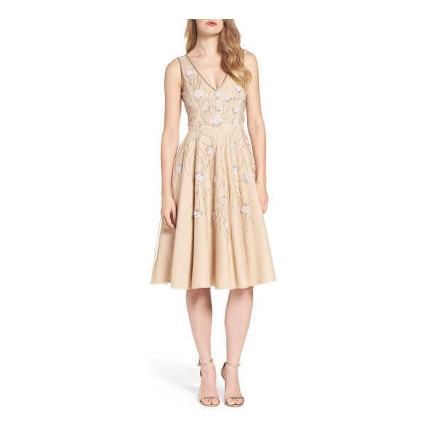 ADRIANNA PAPELL embellished dress - Delicately beaded flowers sparkle and shine against the...