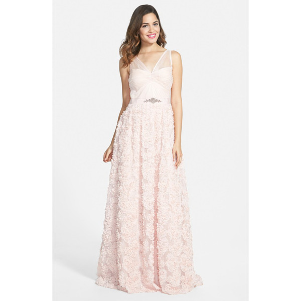 ADRIANNA PAPELL embellished petal chiffon ballgown - Ethereal tulle is delicately fashioned into the ruched...