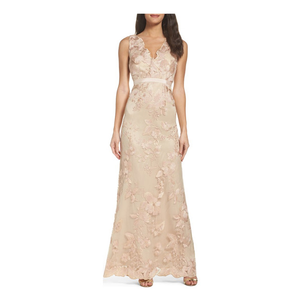 ADRIANNA PAPELL embroidered tulle gown - Scalloped V-necklines in front and back follow the curves...
