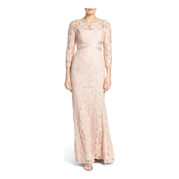 ADRIANNA PAPELL illusion yoke lace gown - This illusion-yoke lace gown gets its incredibly flattering...