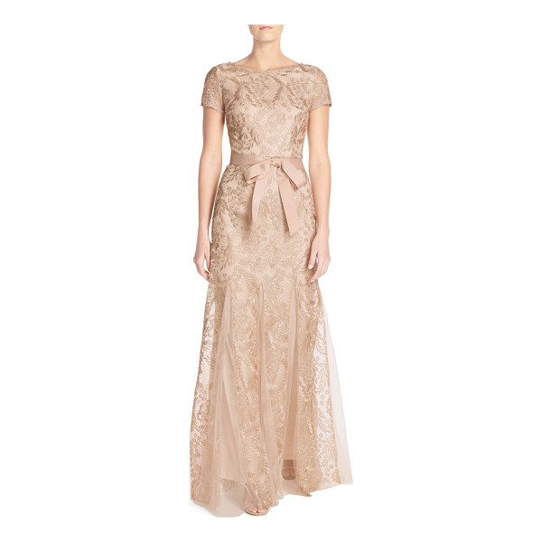 ADRIANNA PAPELL metallic embroidered gown - Intricately embroidered designs flecked in golden metallic...