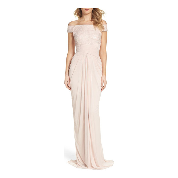 ADRIANNA PAPELL sequin lace & tulle gown - Shiny sequins pattern a lace off-the-shoulder bodice ending...