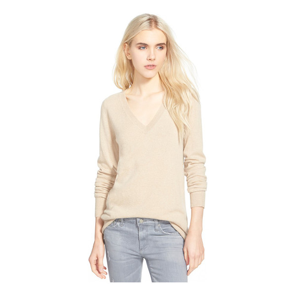 AG ADRIANO GOLDSCHMIED hayden v-neck cashmere sweater - The decadent softness of pure cashmere elevates a V-neck...