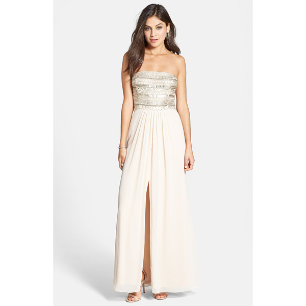 AIDAN MATTOX embellished bodice strapless gown - Glittering beads and sparkling crystals dazzle on the...