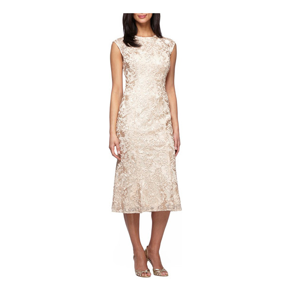 ALEX EVENINGS petite   ribbon embroidery dress - Gorgeous ribbon flower embroidery adds romantic dimension...