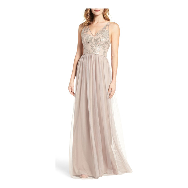 AMSALE sora sequin & lace gown - Embroidered with shimmering sequins, this romantic gown has...