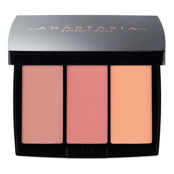ANASTASIA BEVERLY HILLS blush trio - What is: A trio of beautiful blush shades. What it does:...
