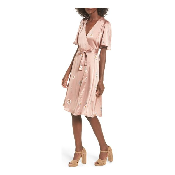 ASTR THE LABEL fiona wrap dress - Pretty and feminine, this wrap-front dress has a delicate...
