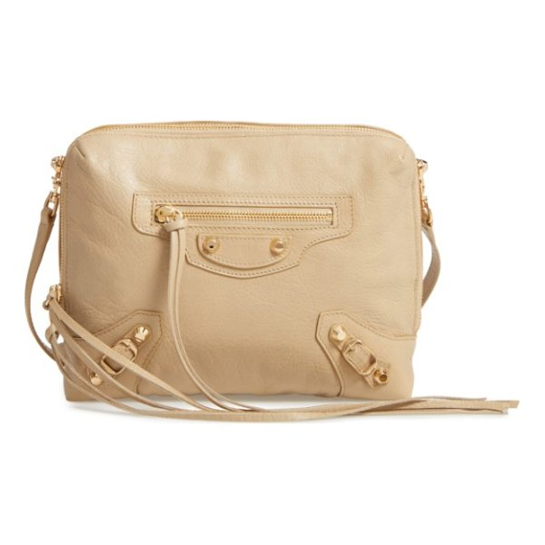 BALENCIAGA classic reporter leather camera bag - A classically curvy silhouette and slim crossbody strap...