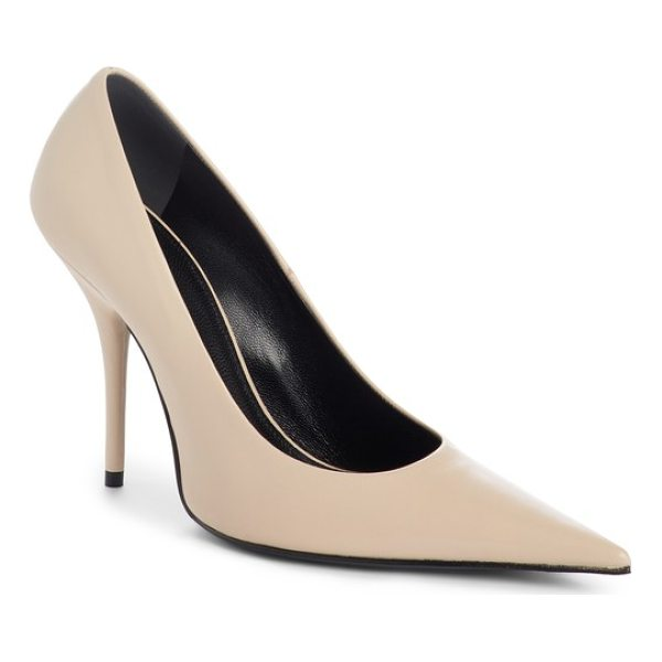 BALENCIAGA pointy toe pump - A dramatically pointed toe completes the impeccable...