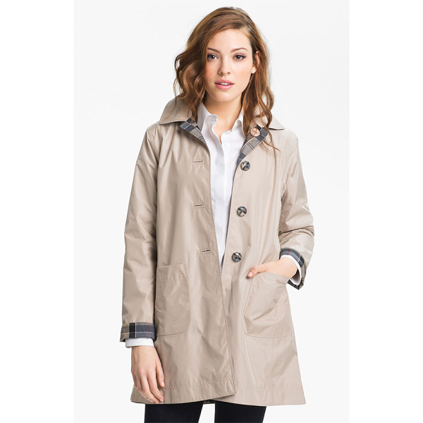BARBOUR derby mackintosh reversible raincoat - A simple A-line raincoat is like two coats in one, with a...