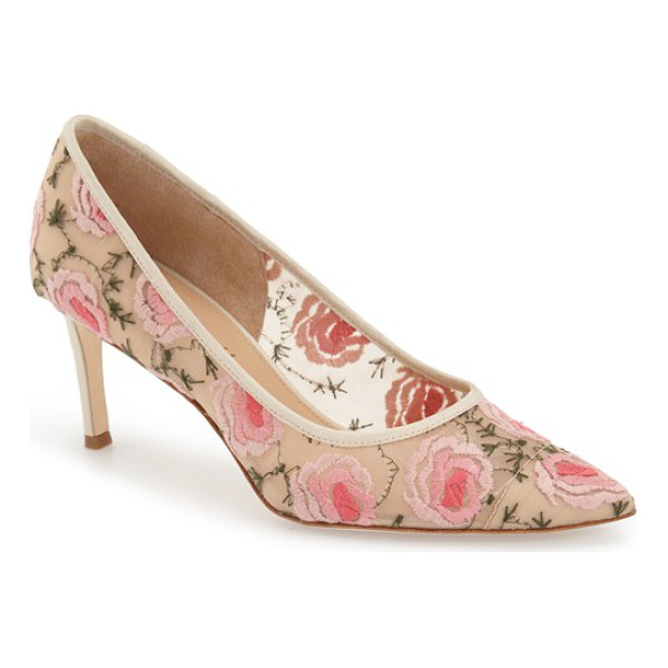 BETTYE MULLER annebel pump - Beautifully embroidered floral lace patterns a pointy-toe...