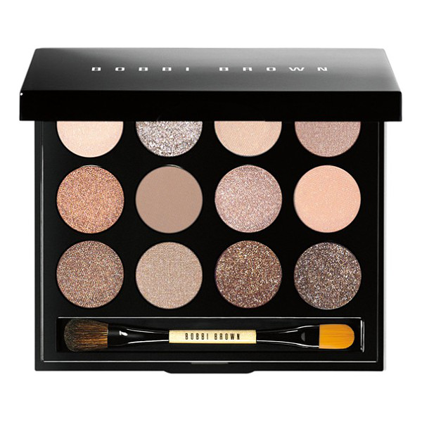BOBBI BROWN Shimmering sands eye palette - Packed with 12 brand-new universally flattering nude...