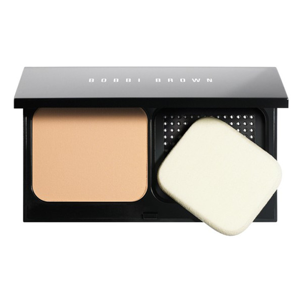 BOBBI BROWN skin weightless powder foundation - What it is: This creamy, cashmere-like powder delivers a