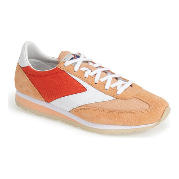 BROOKS vanguard sneaker - Revisit the thrill of the '70s running boom with the...