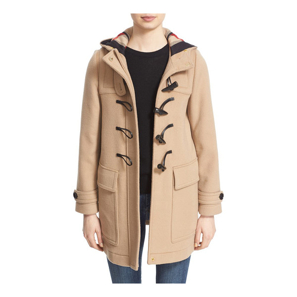 BURBERRY baysbrooke heart lined wool duffle coat - Hearts sweeten up the instantly recognizable check lining...