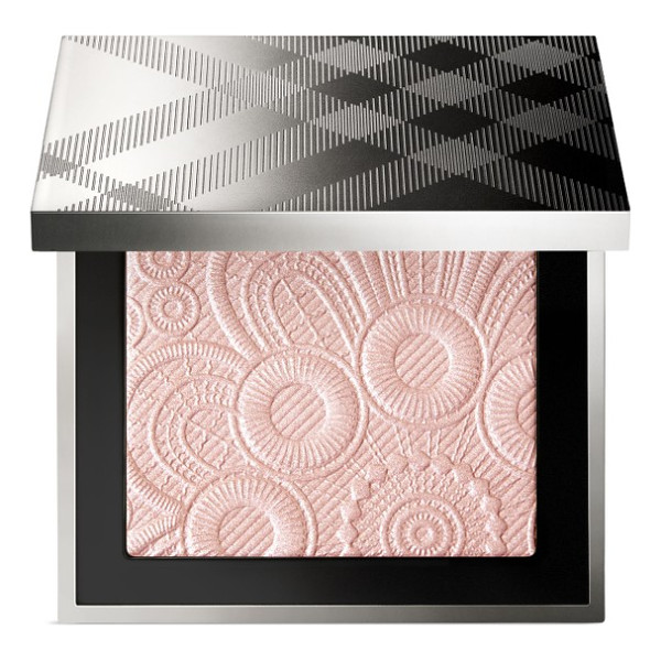 BURBERRY BEAUTY fresh glow highlighter - What it is: A lightweight and illuminating powder set with...
