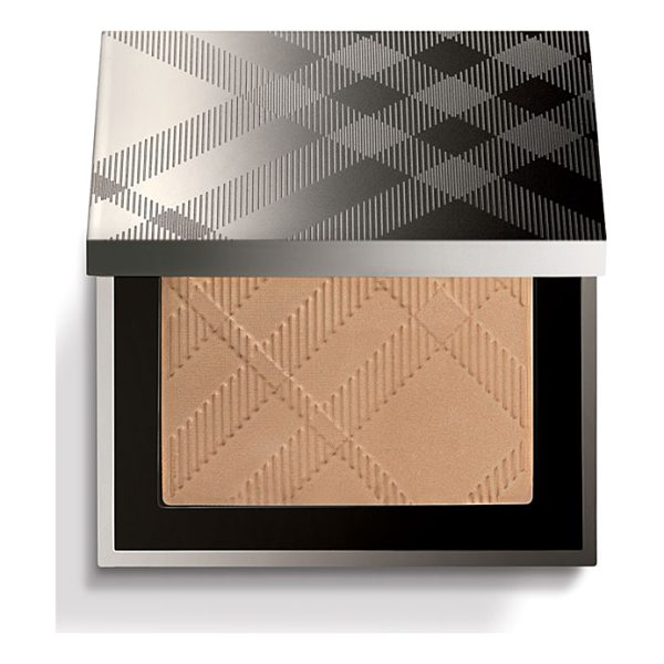 BURBERRY BEAUTY warm glow natural bronzer - Get a bright and radiant finish with warm glowing skin,...
