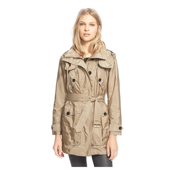BURBERRY BRIT chevrington belted jacket - A lightweight belted jacket equipped with a fully...