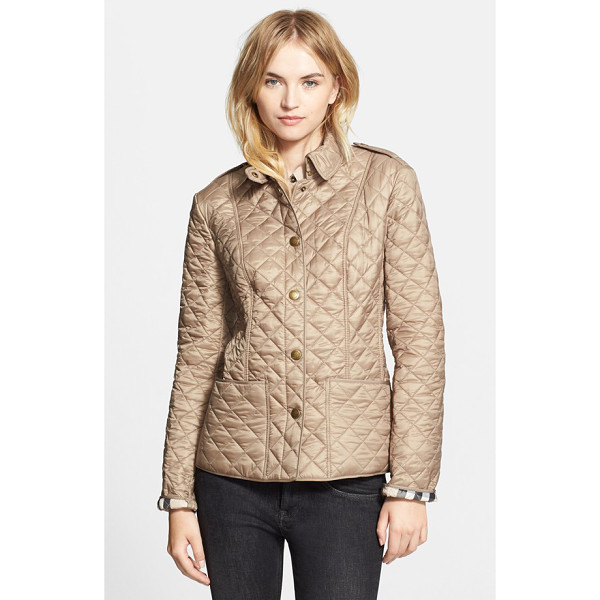 BURBERRY BRIT kencott patch pocket quilted coat - Princess seams shape a lightweight, diamond-quilted coat...