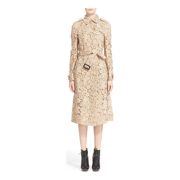 BURBERRY PRORSUM macrame lace trench coat - The iconic Burberry trench is reimagined for the season in...