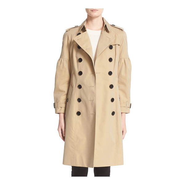 BURBERRY redhill puff sleeve cotton trench - Puffed sleeves soften the military styling of a...