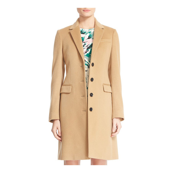 BURBERRY sidlesham wool & cashmere coat - Timelessly appealing in a fitted silhouette, a notch-collar...