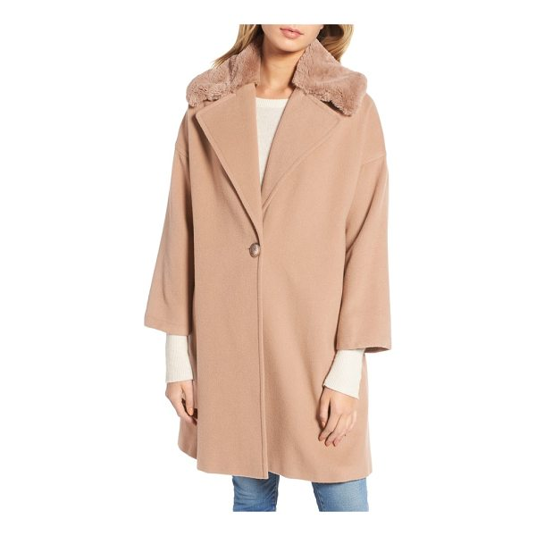 CHARLES GRAY LONDON faux fur collar overcoat - A cashmere-softened wool blend lays the decadent foundation...