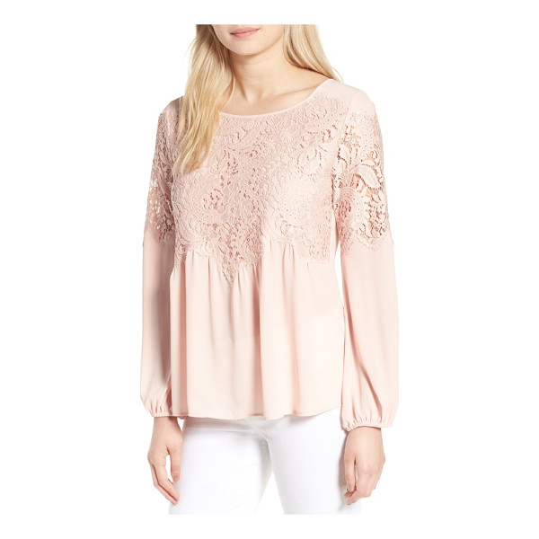 CHELSEA28 button back lace top - Scalloped lace boosts the feminine romance of a floaty...