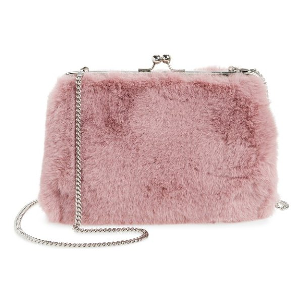 CHELSEA28 jagger faux fur crossbody clutch - Plush faux fur transforms this frame clutch into an evening...