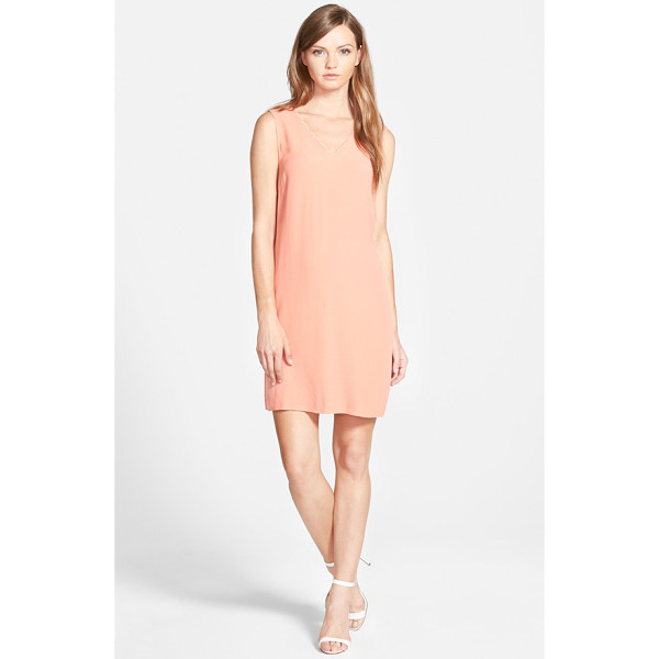 CHELSEA28 scalloped neck shift dress - A scalloped neckline adds to the classically feminine style...