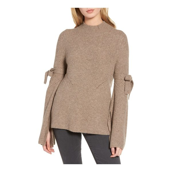 CHELSEA28 tie bell sleeve sweater - A contemporary take on a classic sweater, this lightweight...