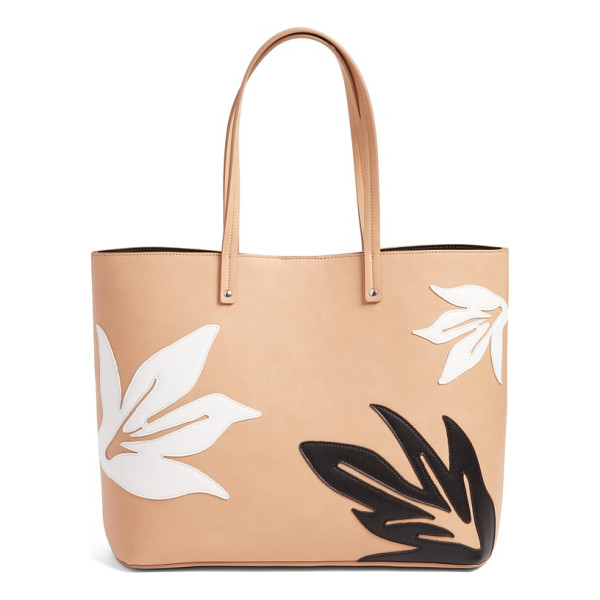CHELSEA28 tropical applique faux leather tote - Be summer ready with this versatile faux-leather tote...
