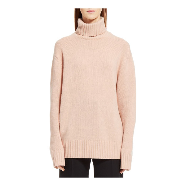 CHLOE colorblock cashmere turtleneck sweater - Ballet pink at the front and pale sand-colored at the back,...