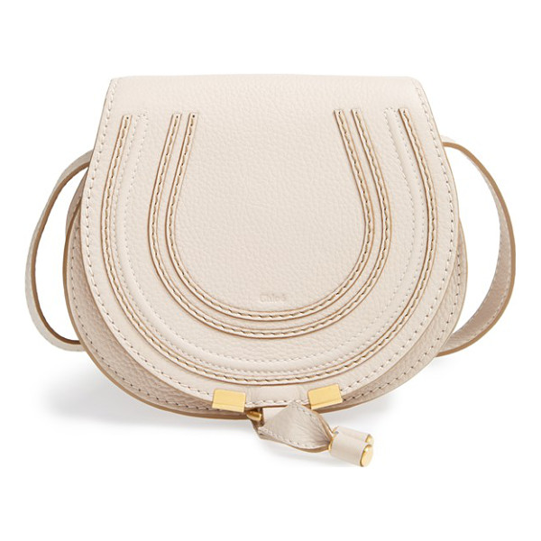 CHLOE 'mini marcie' leather crossbody bag - Curvaceous detailing ornaments the saddle-shaped flap of a