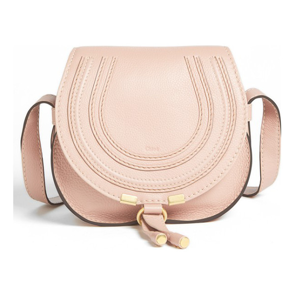 CHLOE 'mini marcie' leather crossbody bag - Curvaceous detailing ornaments the saddle-shaped flap of a...